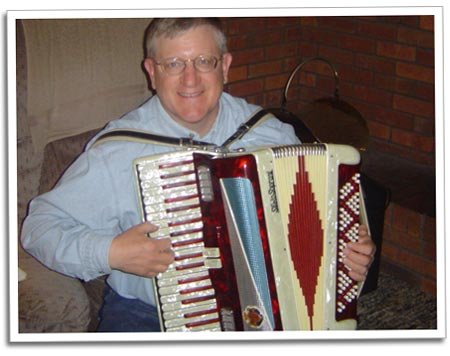 walt_accordian.jpg