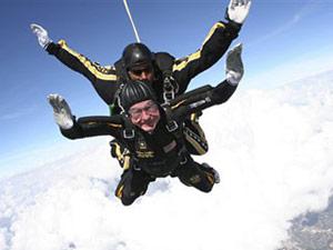 skydive_bush