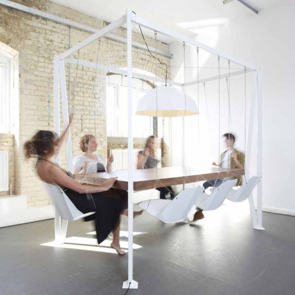 swing-table