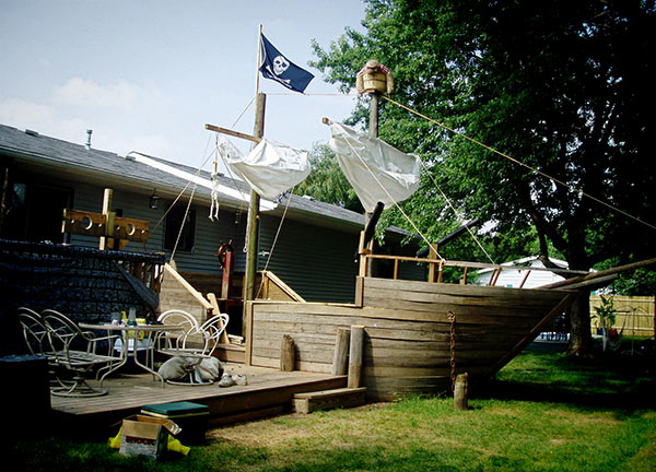 pirate-ship-deck1