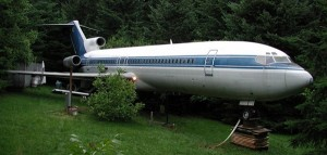 Saturday Morning Sprinkles: Living in a Boeing 727 Edition
