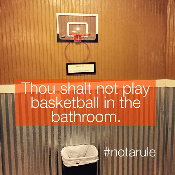 bathroom-basketball