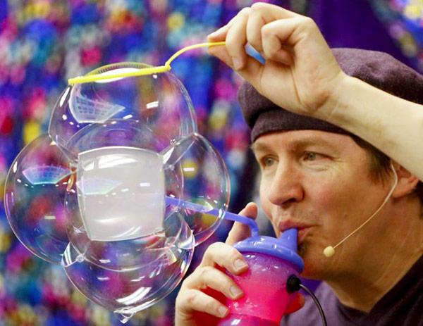 geoff-bubble-man