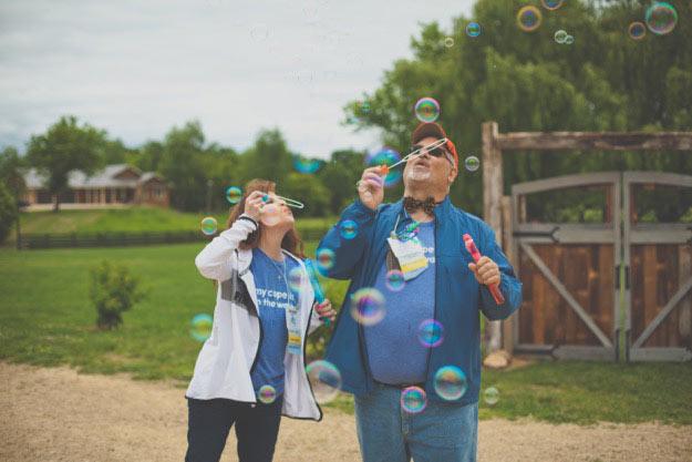debbie-dave-bubbles2